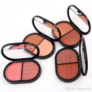 Miss Rose 2 in 1 blush on 3